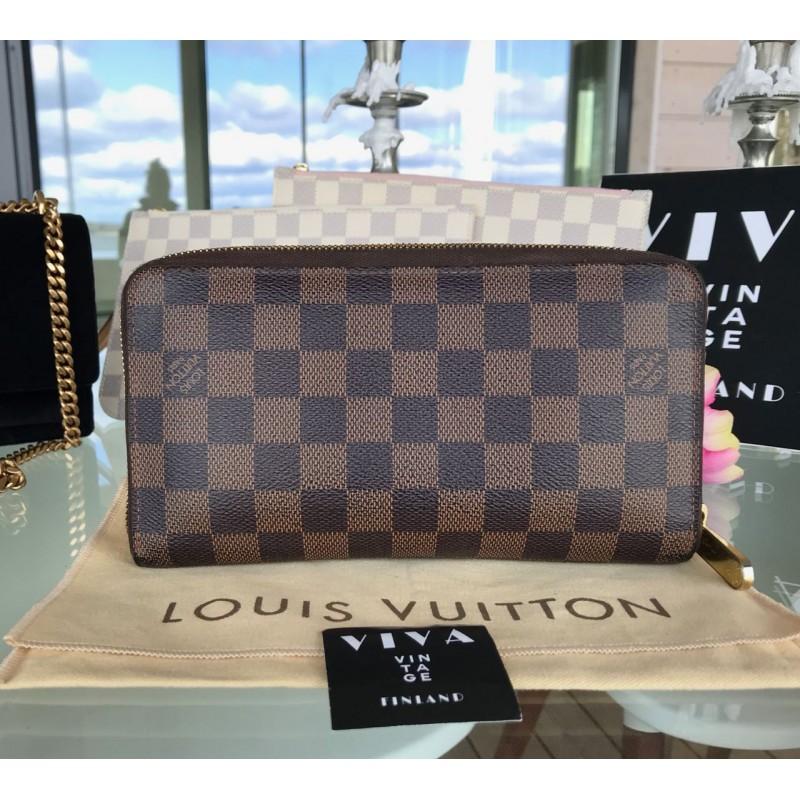 Louis Vuitton Organiser wallet