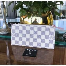 Louis Vuitton Pocket