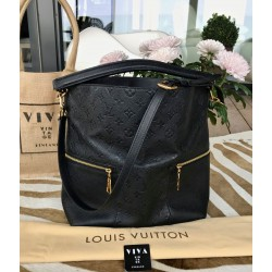 Louis Vuitton Mélie hobo