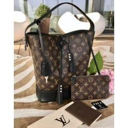 Louis Vuitton Idole GM Bucket Bag