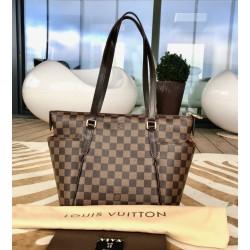 Louis Vuitton Totally PM