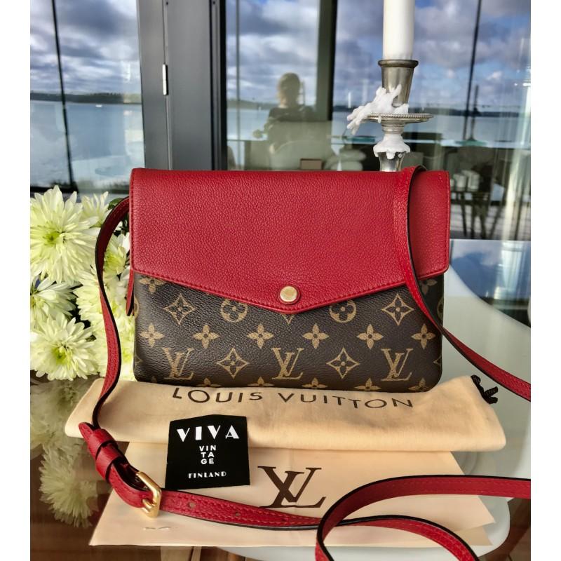 Louis Vuitton Twice Pochette