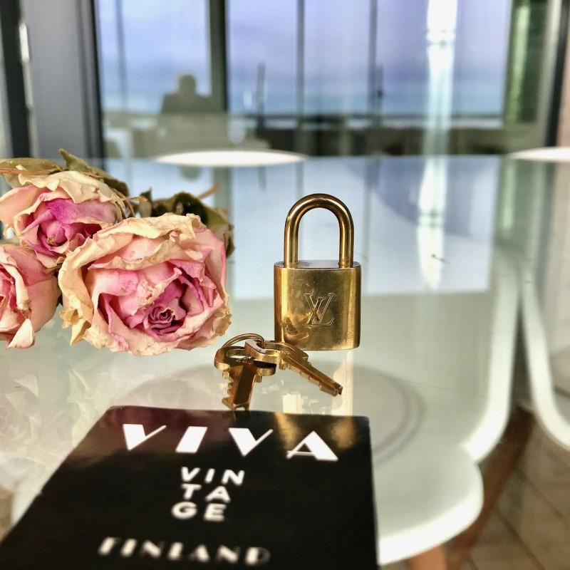 Louis Vuitton lock