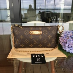 Louis Vuitton Milla MM